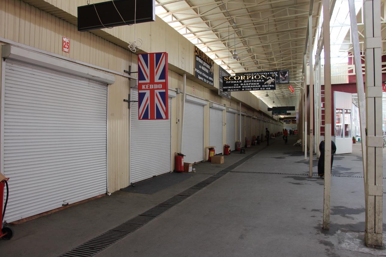 Многие бутики после пожара закрыты на неопределённое время
