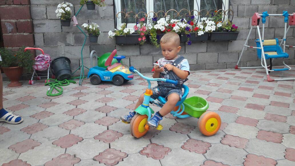 2-летнего малыша в Центра адаптации несовершеннолетних сдала его тётя