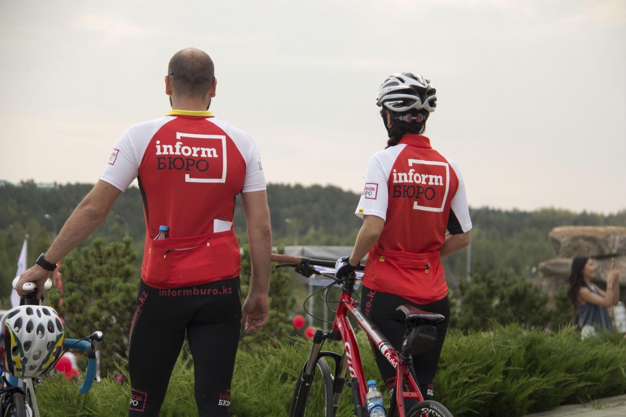 В велопробеге приняли участие сотрудники informburo,kz