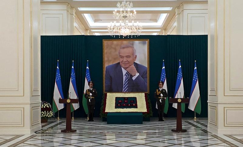 Узбекистан до конца не верил в смерть президента Каримова