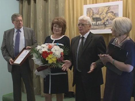Медаль вручил Чрезвычайный и Полномочный Посол РФ в РК