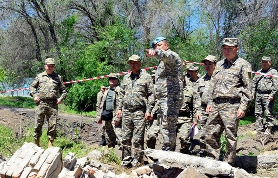 После ЧП в Сарыозекском гарнизоне побывал с инспекцией Имангали Тасмагамбетов