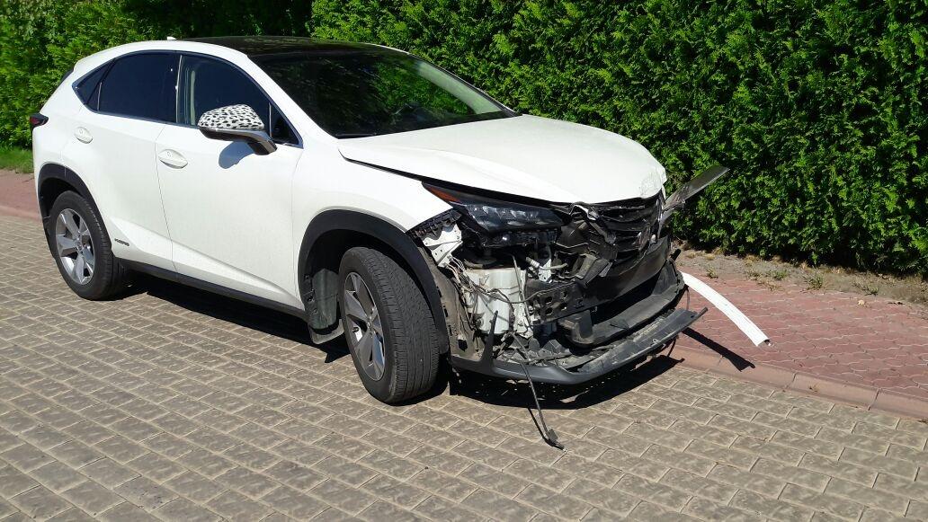 Водитель тойоты утверждает, что в ДТП виновата водитель Лексуса