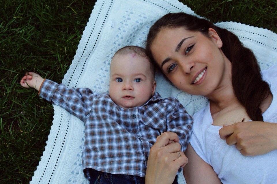 Алёна Захарова с сыном