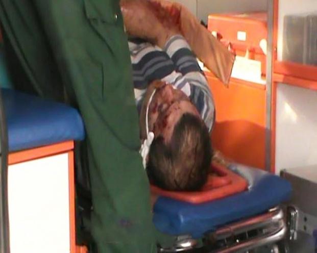 Пострадавшего в ДТП мужчину транспортируют в больницу