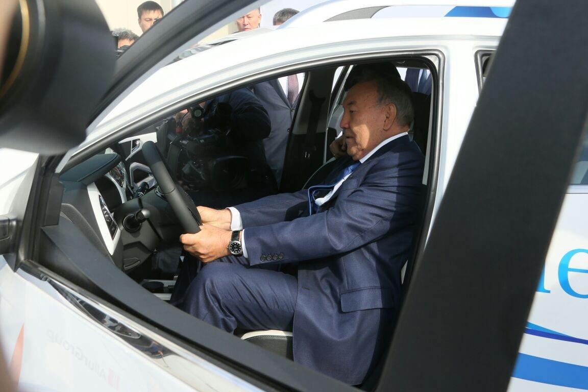 Президент за рулём