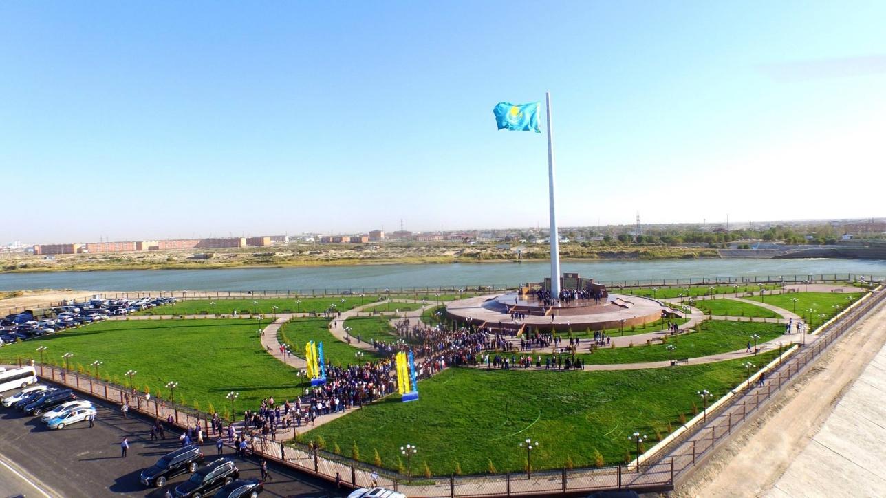 Аллея Госсимволов открылась в Кызылорде