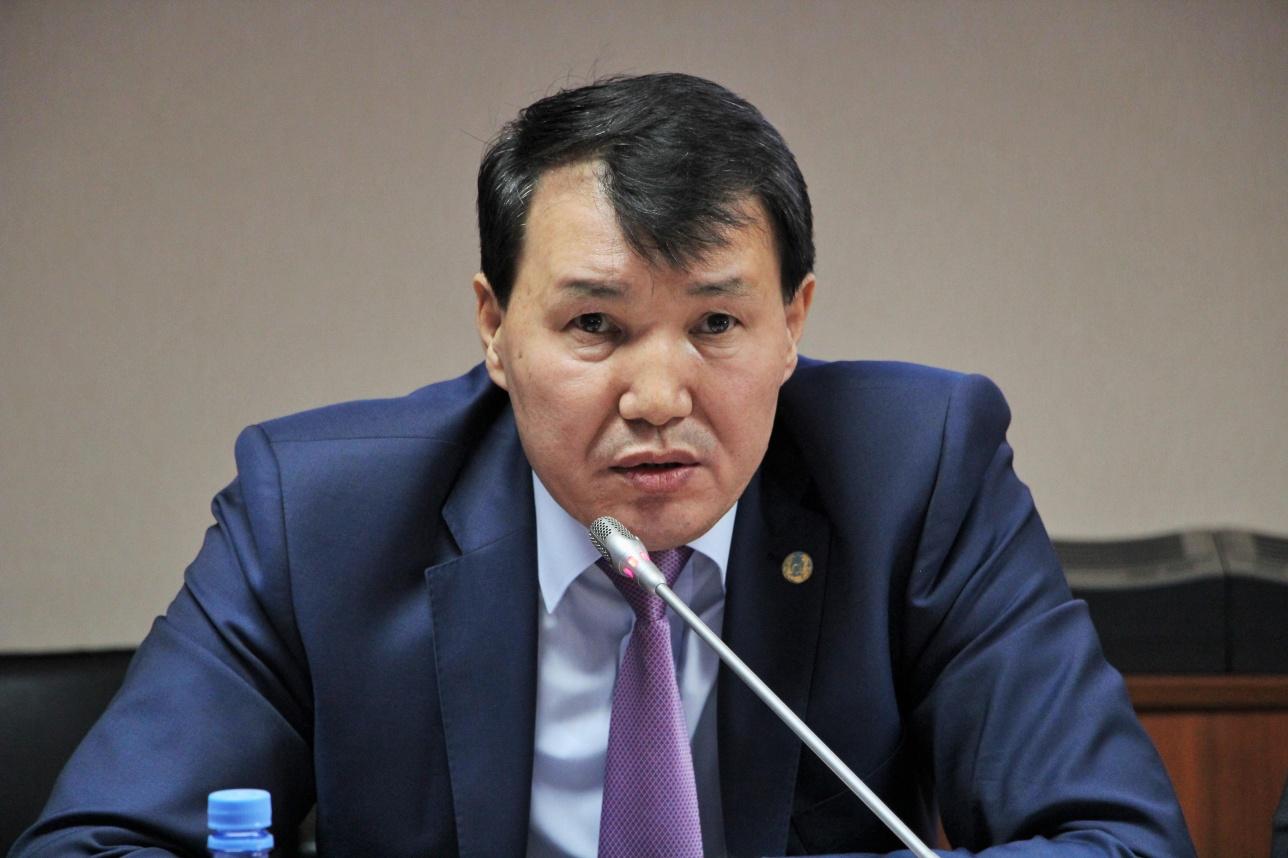 Алик Шмекбаев
