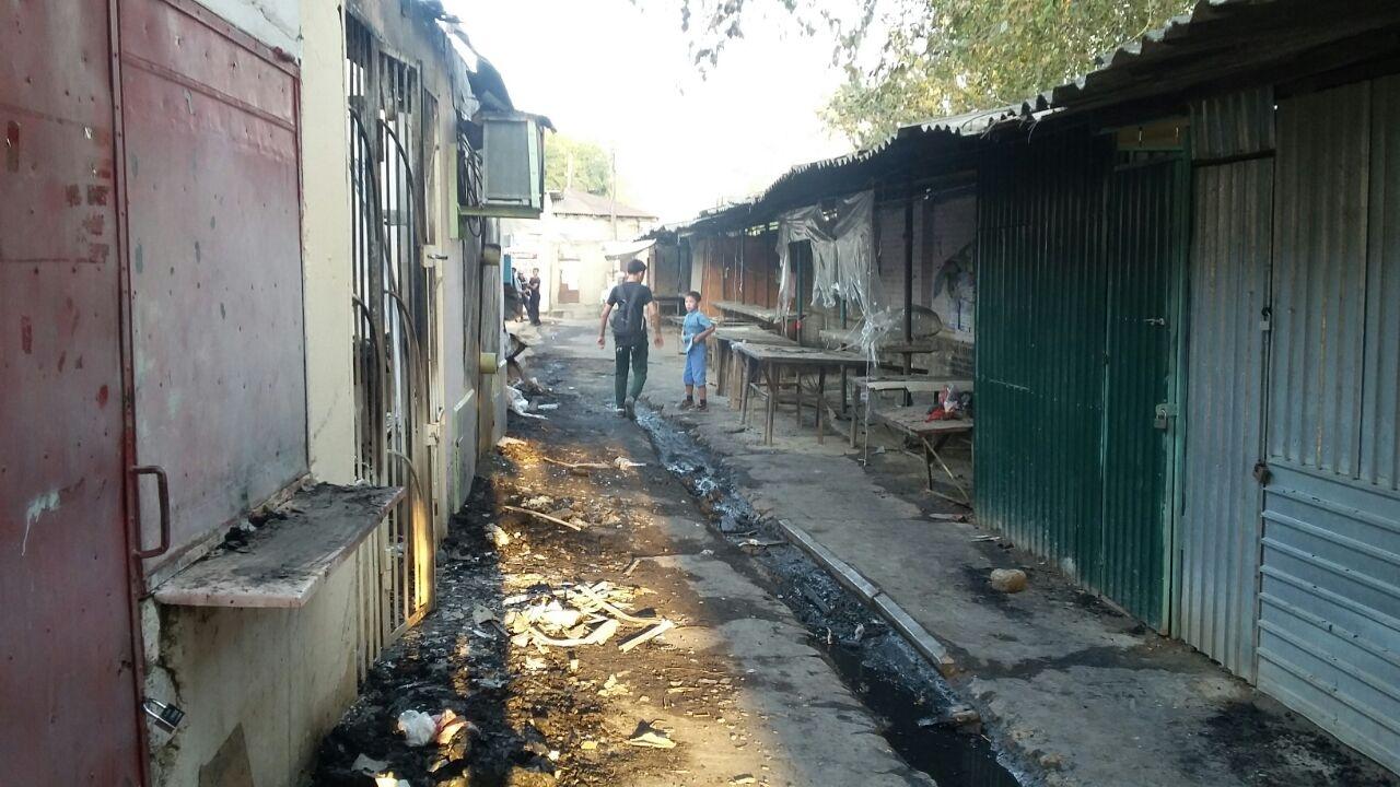 После пожара многодетная семья осталась на улице