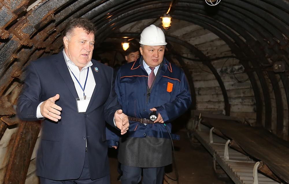 Аким Карагандинской области Нурмухамбет Абдибеков посетил горно-индустриальный колледж