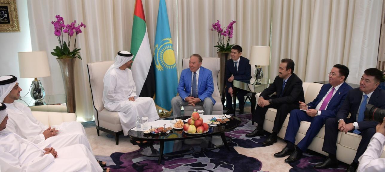 Назарбаев встретился с принцем Абу Даби