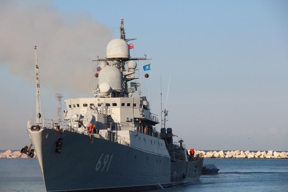 Корабли Военно-морского флота России с дружественным визитом прибыли в порт Актау