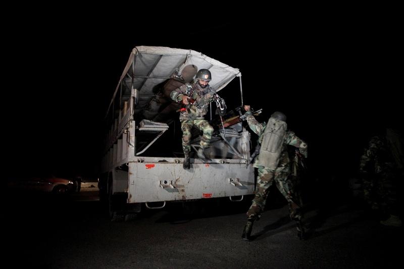 Пакистанским военным удалось спасти около 200 заложников
