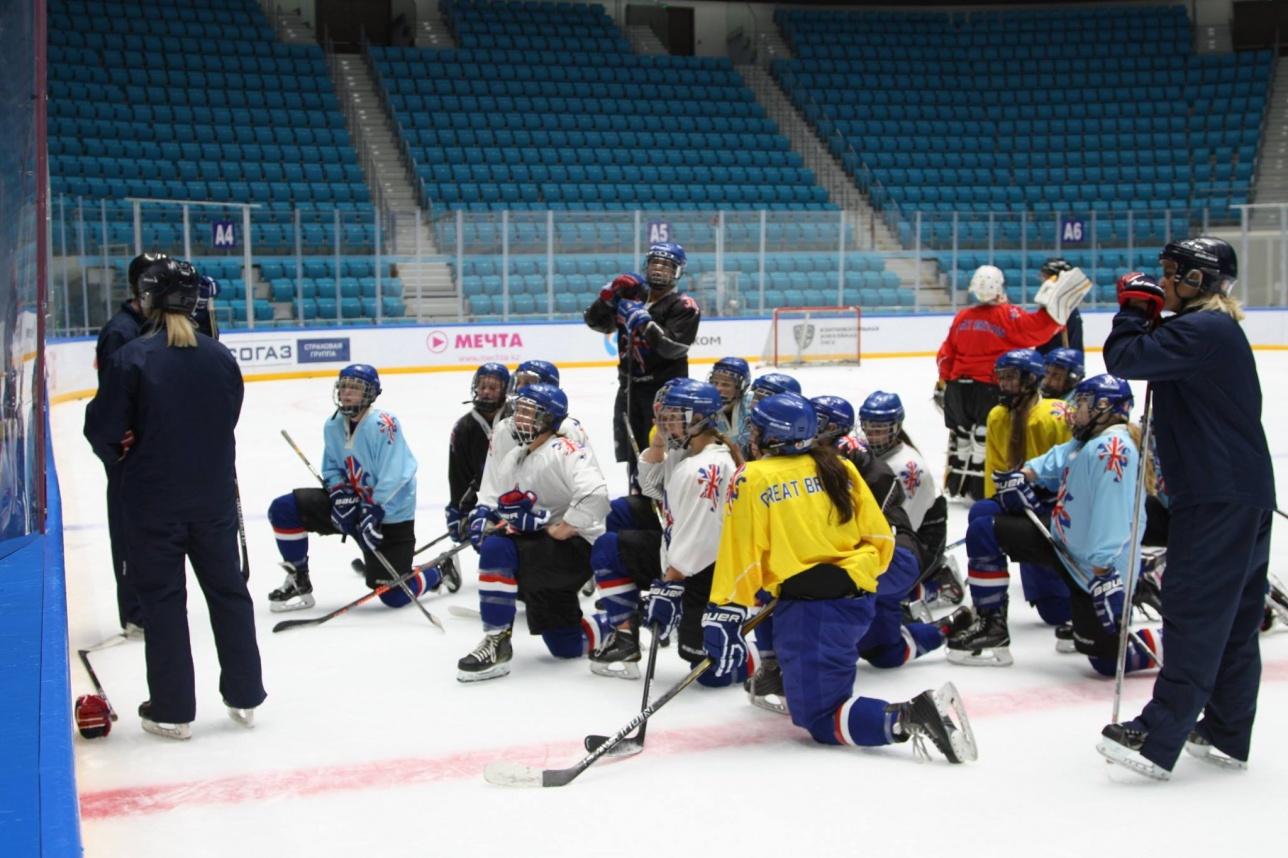 Женская сборная Великобритании провела тренировку в Астане