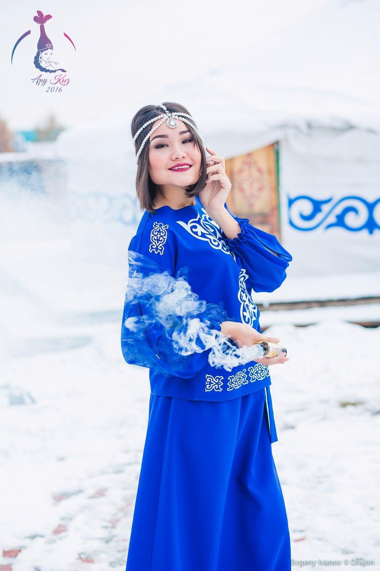 Айнур Дюсекенова завоевала титул первой вице-мисс