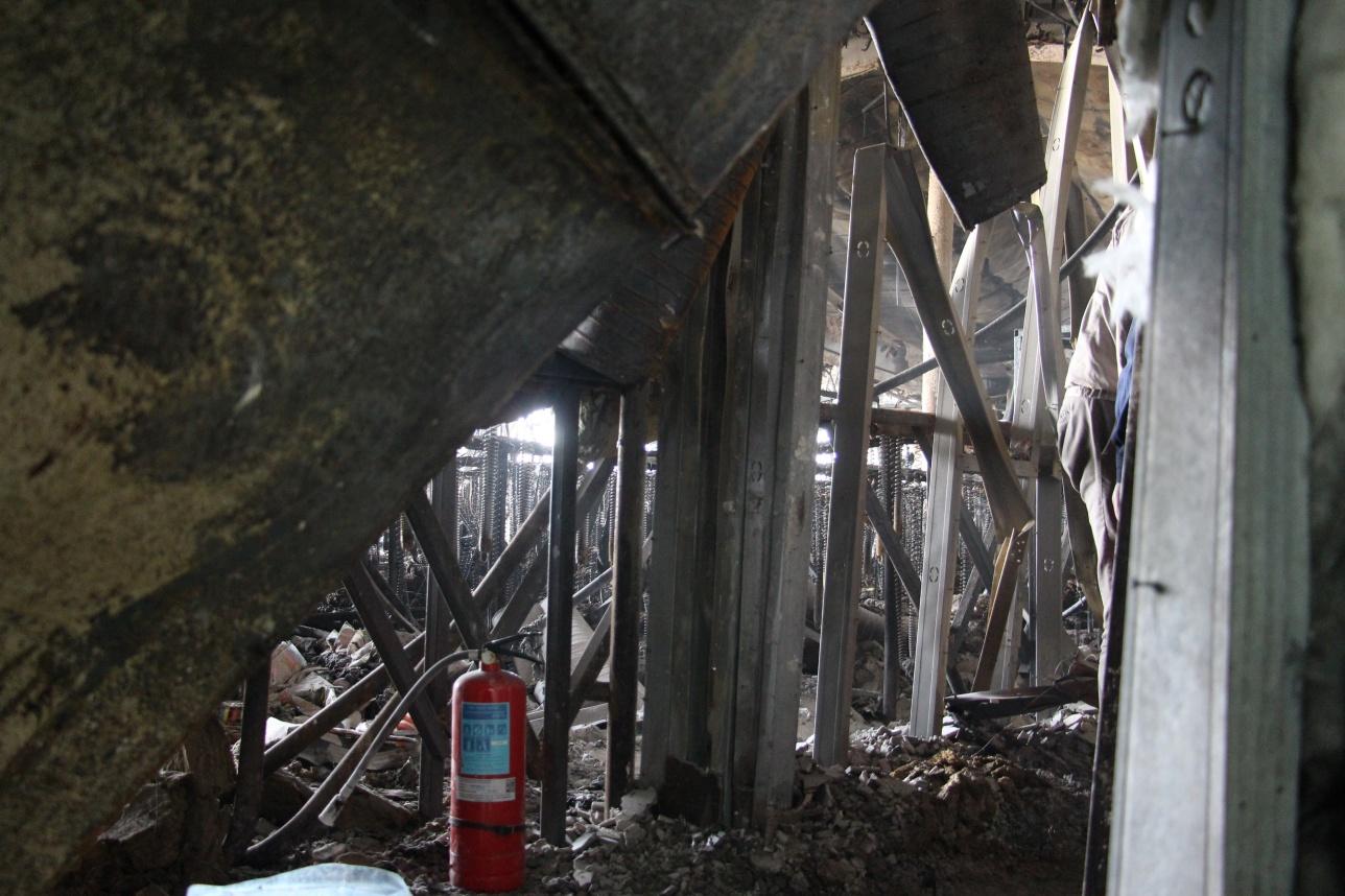 Возгорание возникло на шестом этаже БЦ