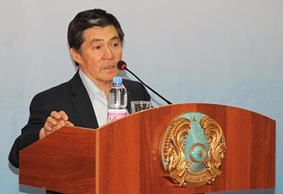 Директор Института экономики Министерства образования и науки РК Сабден Оразалы
