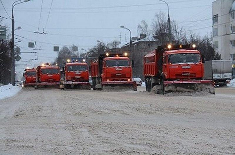 Почти 800 мпецмашин готовы выйти на борьбу со снежной стихией в Алматы