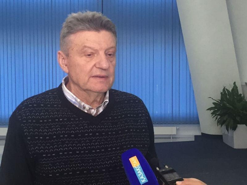 Человеком двух эпох назвал Назарбаева автор книги Николай Зенькович