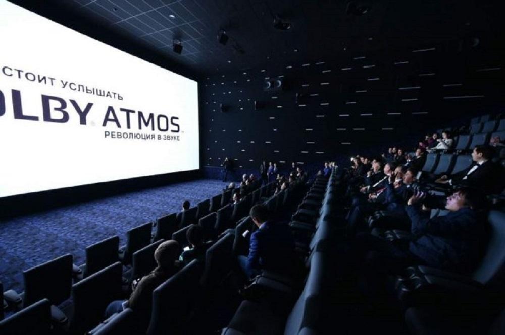 Кинотеатр в самом большом ТРЦ Шымкента