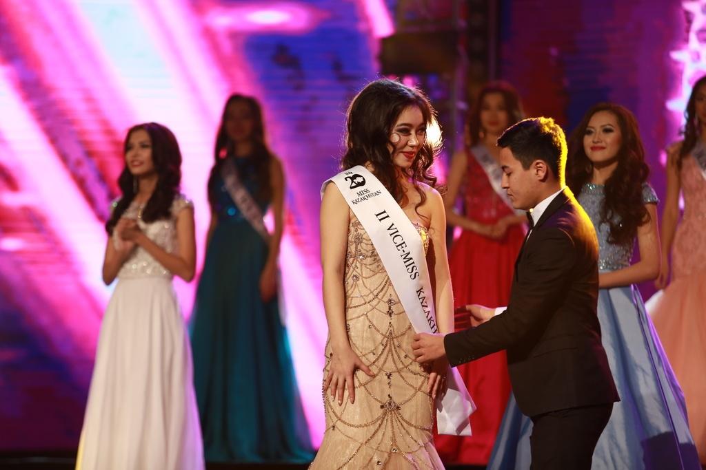 Участница из Кокшетау Жанара Найманбаева стала второй Вице-Мисс