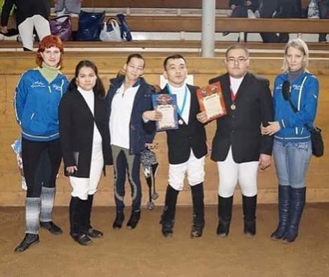 Сборная Казахстана завоевала золото и серебро