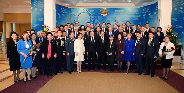 Бахытжан Сагинтаев вручил государственные награды