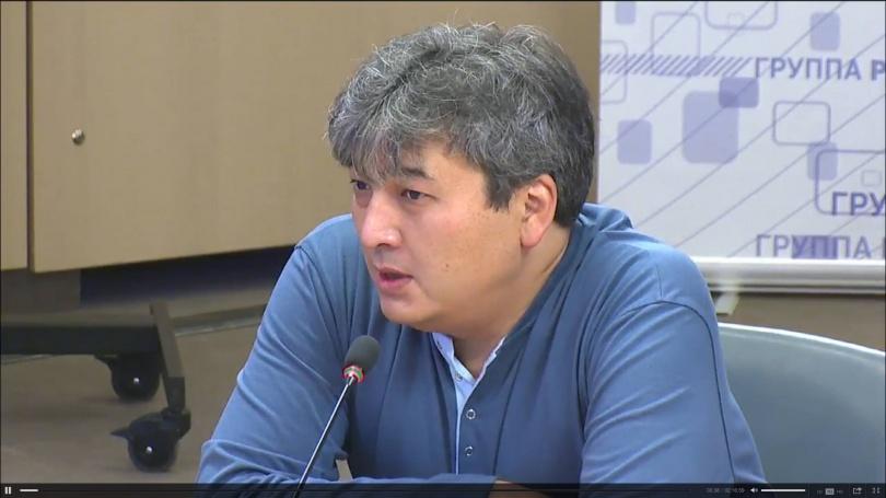 Данияр Ашимбаев, политолог