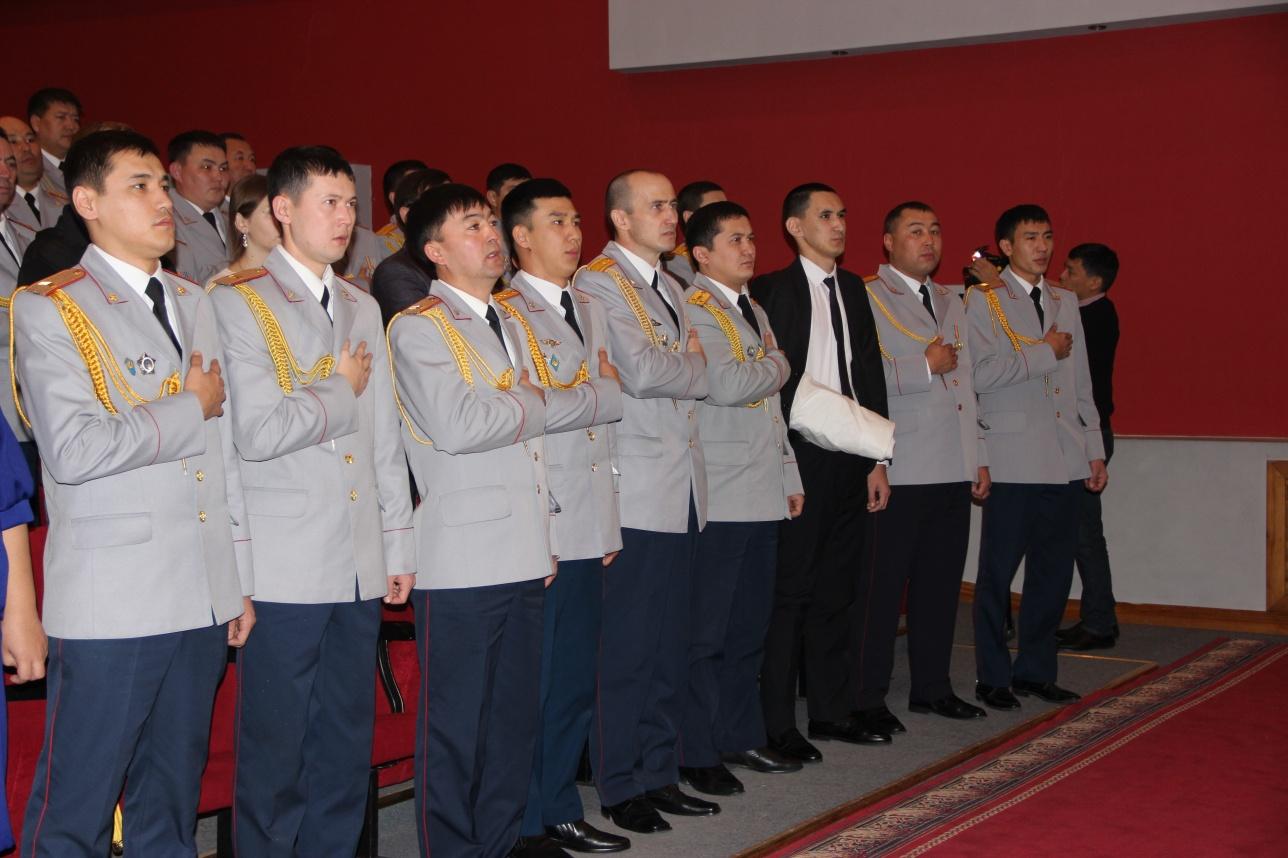 Орденами и медалями награждены 11 сотрудников полиции