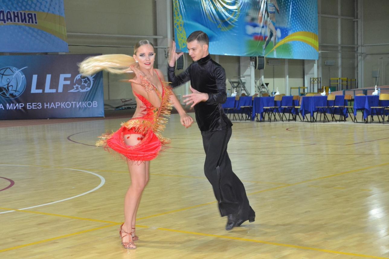 Спортивно-бальные танцы - это не только красивое зрелище, но и очень полезно