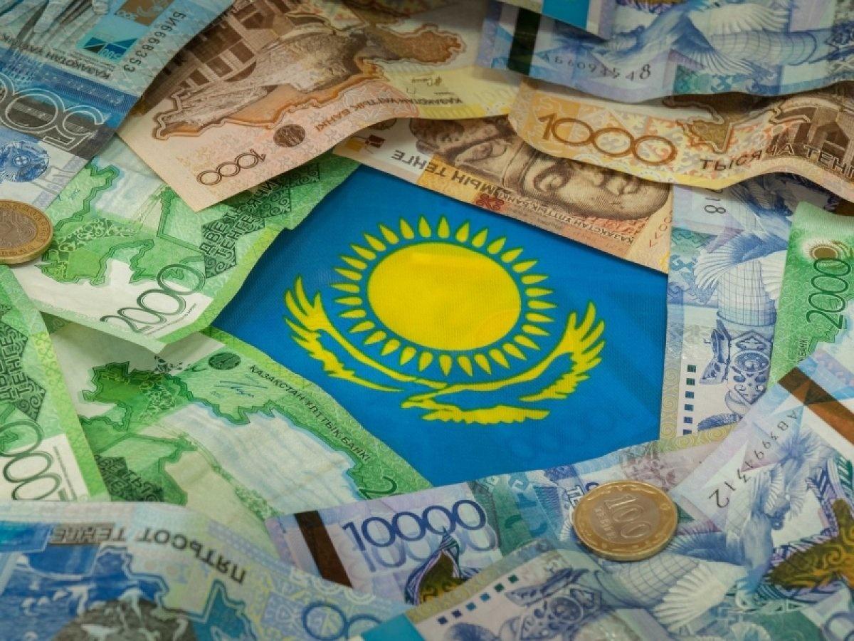 """В году государство выкупило по 21% в """"Народном банке"""" и """"Казкоммерцбанке"""""""