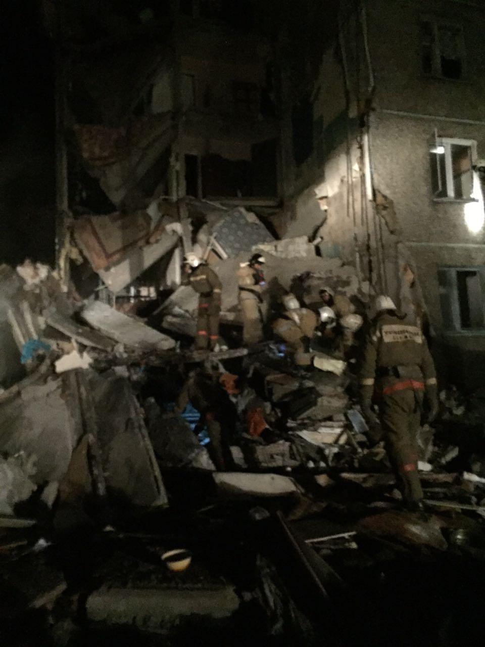 Часть жилого дома обрушилась в посёлке под Шахтинском