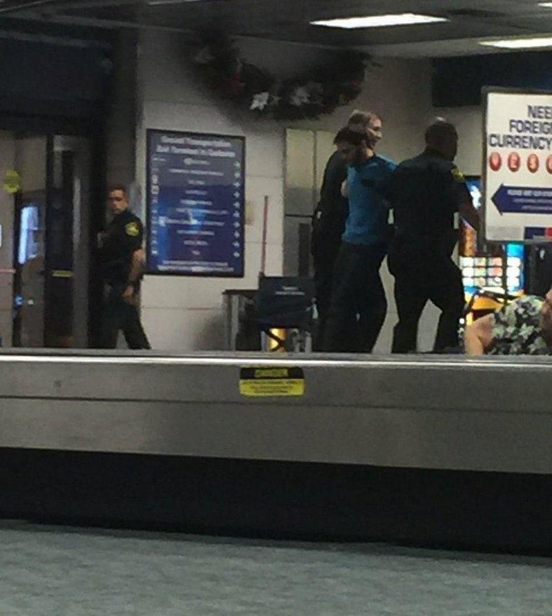Задержание стрелка в аэропорту Флориды