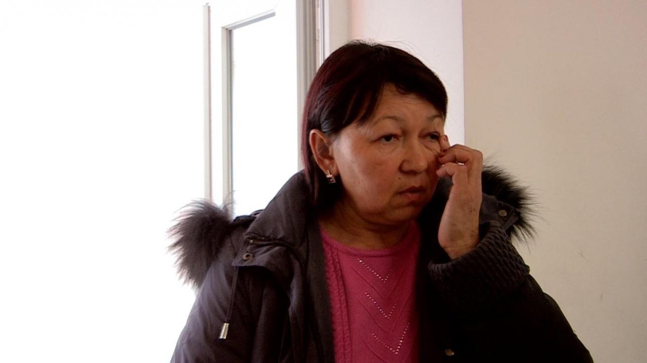 Мама погибшей Нурипы Курбановой Айжан Курбанова