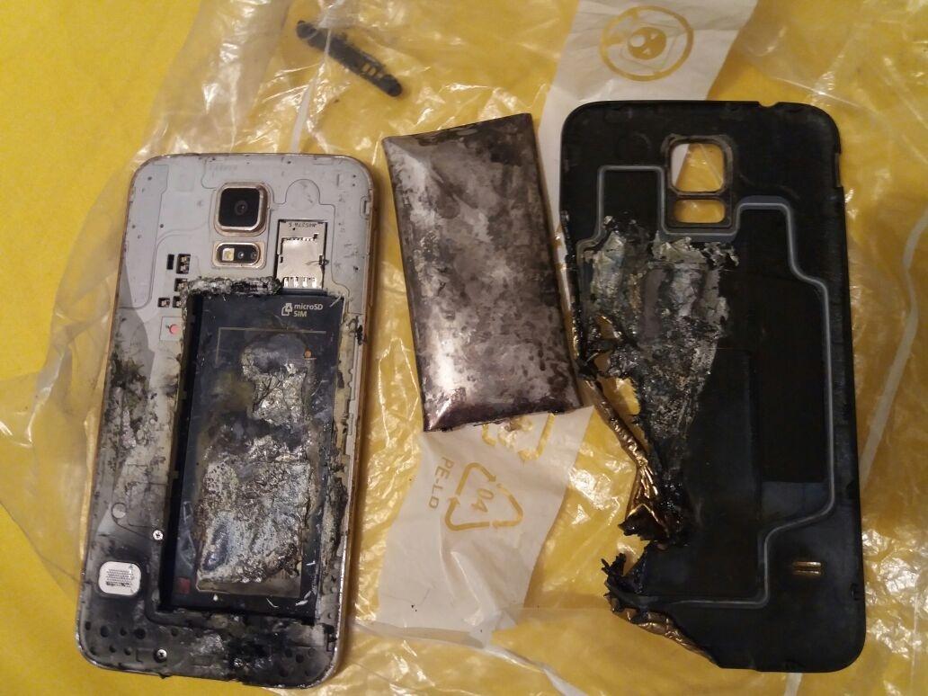 Телефона марки Samsung Galaxy S5