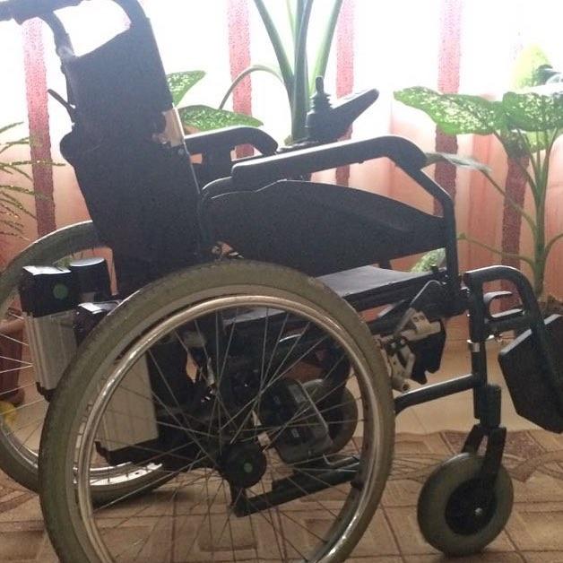 Злополучная коляска, на ремонт которой Артуру потребовались деньги