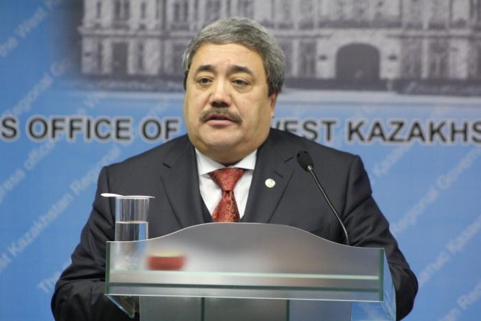 начальник областного управления здравоохранения Камидолла Ирменов