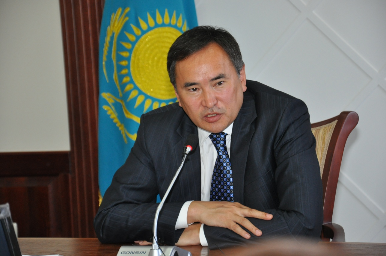 Министр сельского хозяйства Аскар Мырзахметов