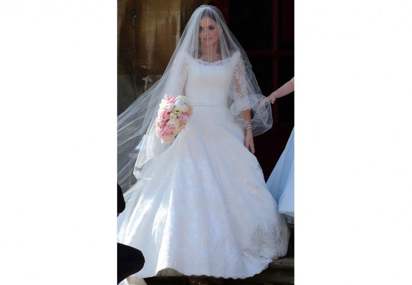 Джери Холлиуэлл в подвенечном платье