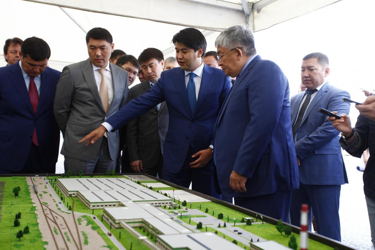 Куандык Бишимбаев презентует проект