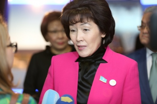 Депутат Гульмира Исинбаева считает, что школу не удастся привлечь к уголовной ответственности за самоубийство школьниц в Астане