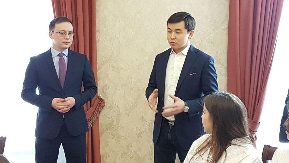 Представители МИД РК пришли в гости к казахстанским студентам в Москве