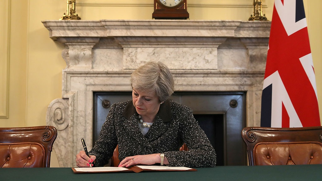 Тереза Мэй подписала письмо о запуске Brexit