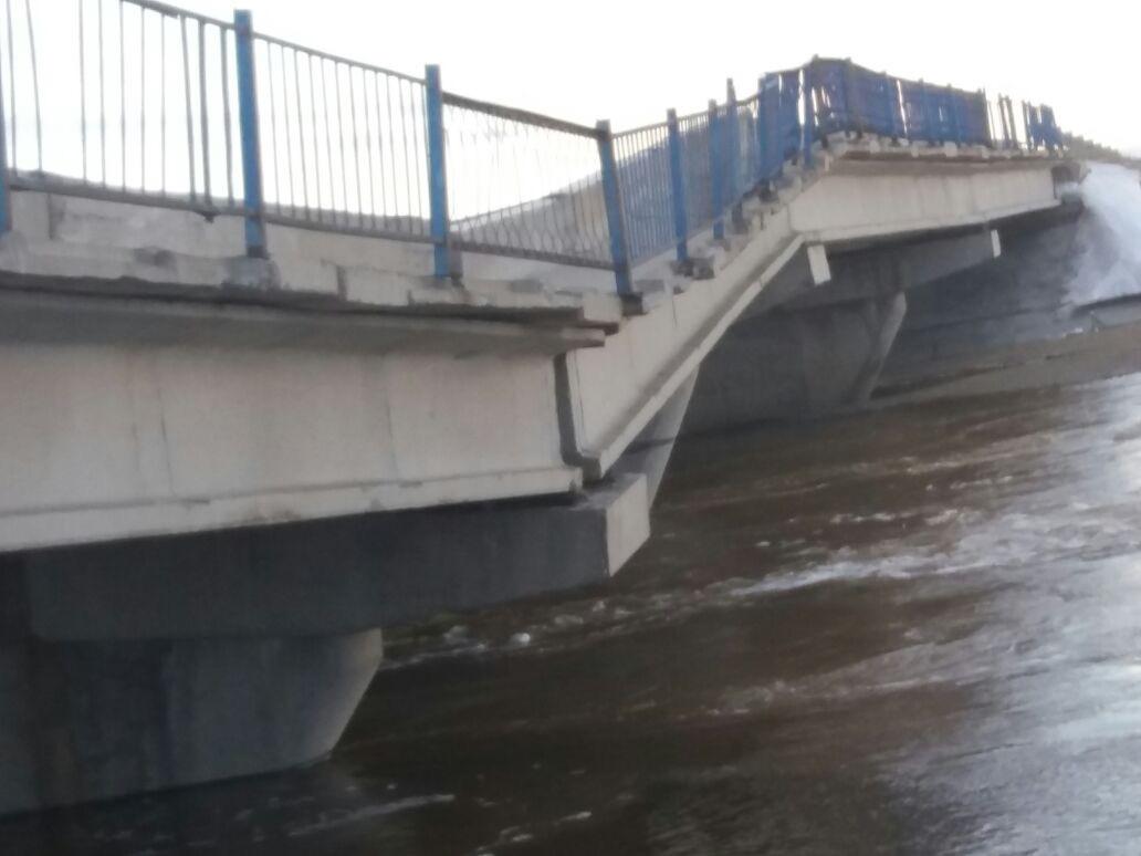 Мост смыло в Карагандинской области