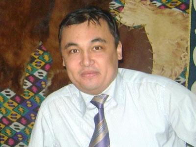 Аскар Умаров