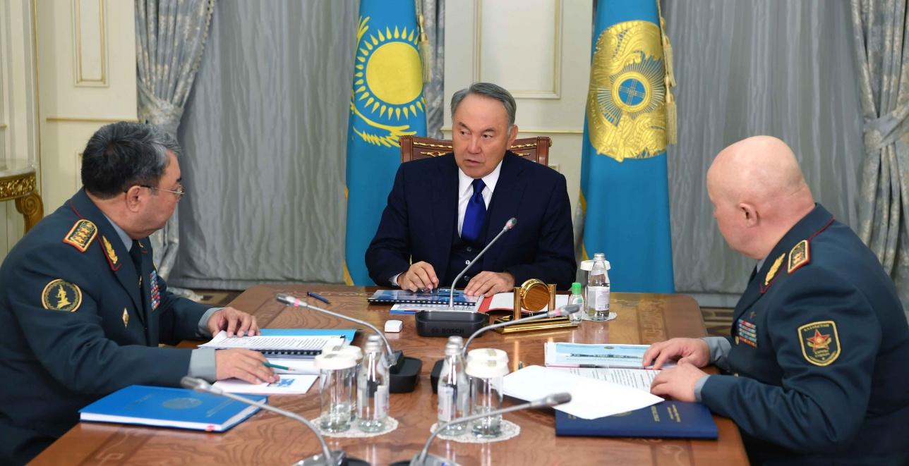 Встреча с министром обороны Сакеном Жасузаковым