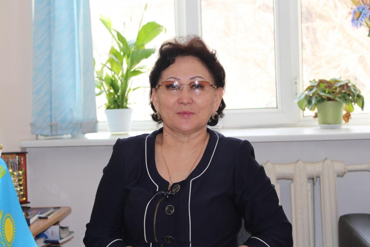 Қадиша Шалғынбаева, ЕҰУ кафедра меңгерушісі, педагогика ғылымдарының докторы, профессор