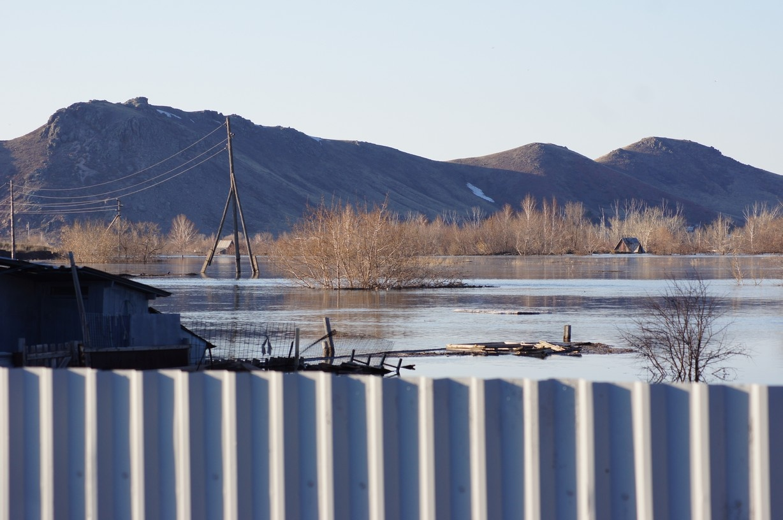 Десятки домов оказались затоплены