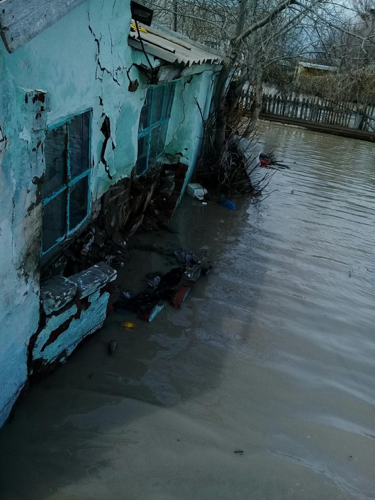 Дома затопило в п. Бакан