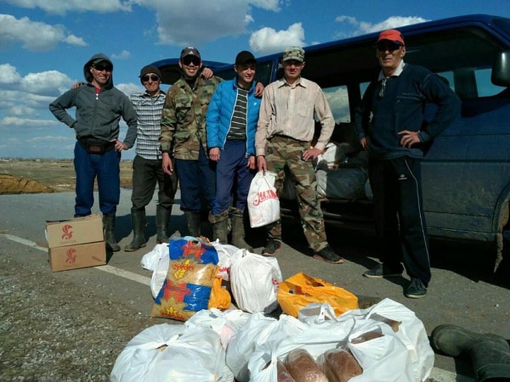 Жители райцентра собрали гуманитарную помощь